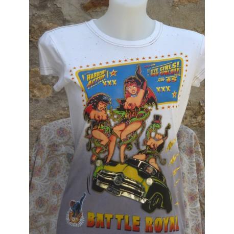 T-Shirt deux femmes et une voiture